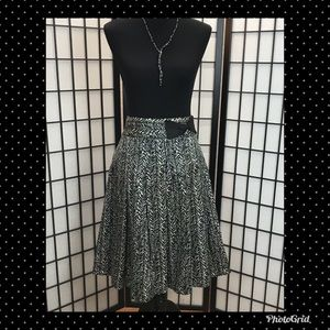 Zara Bow Trim Skirt M